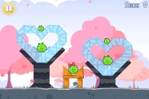 Angry Birds Seasons Hogs and Kisses уровень 1