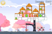 Angry Birds Seasons Hogs and Kisses уровень 5